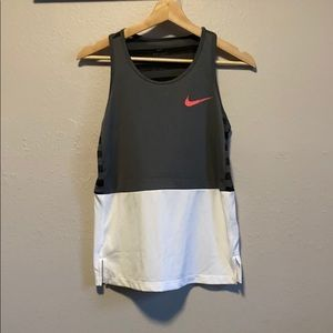 Nike DriFit workout tank top size L